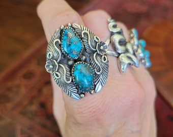 MAGNIFICENT Vintage Navajo Turquoise Ring 7.5