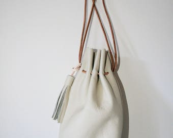 Kinchaku bag - Cream Italian leather calf drawstring bag