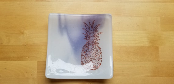 Pineapple Glass Dish/Plate (Lavender/Purple)