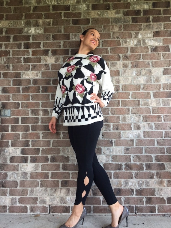 Floral Oversized sweater, 90s vintage womens knit sweater, floral black and  white sweater, checkerboard knit sweater, 90s vintage sweater,