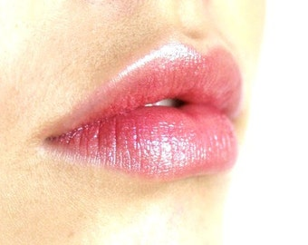 VIE En ROSE Mineral Lip Tint Lipstick: Natural Makeup Color