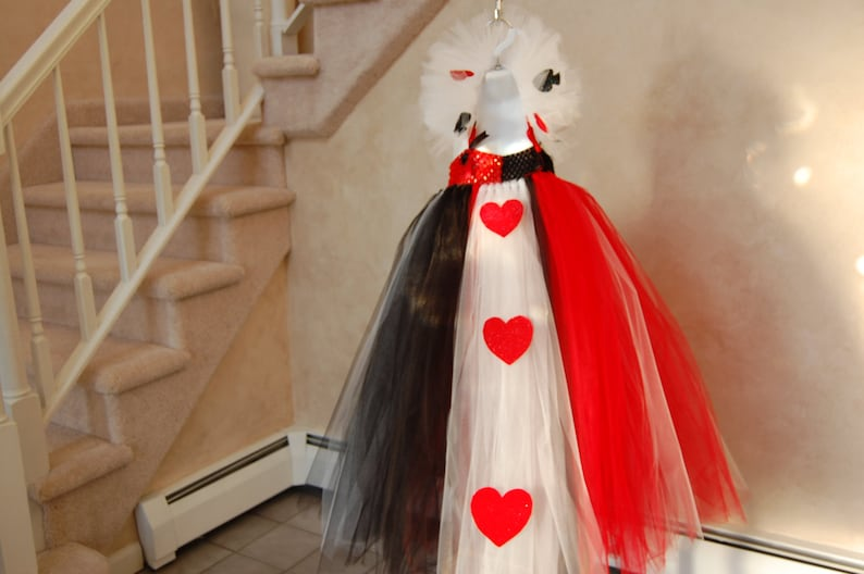 Queen of Hearts inspired tutu dress. Crocheted red and ...