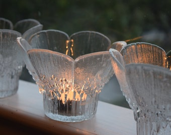 Three beautiful 1970's Lasisepat Mantsala Finland glass flower pedal candle holders