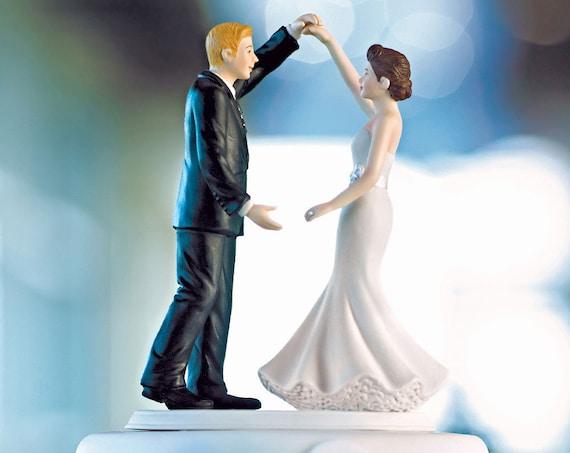 Wedding Cake Topper, Dancing Bride and Groom Cake Topper, Cake Top, Wedding Cake Top