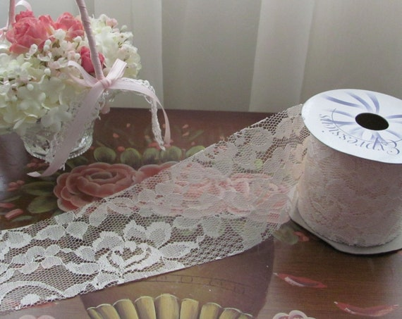 Ivory Lace, Lace Ribbon,  Lace 2.5 Inches Wide by 10 Yards, Craft Lace, Invitation Card Lace, Basket Lace, Bow Lace