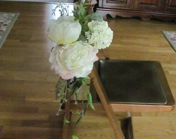 Wedding Decorations, Wedding Aisle Decor, Pew Markers, Wedding Flowers, Flowers for Chairs, Church Pew Flowers