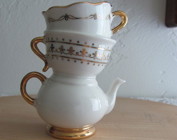 Teapot Tea Cup Cake Topper, Mini Teapot Bud Vase/Cake Topper, Bridal Shower Centerpiece Component, Tea Party Centerpiece Component