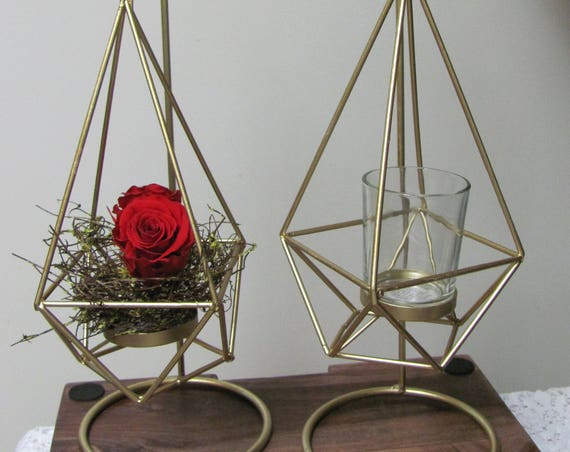 Modern Wedding Centerpieces, Gold Wire Hanging Centerpieces, Add Your Own Flowers to these Gold Wire Modern Table Vase Holders