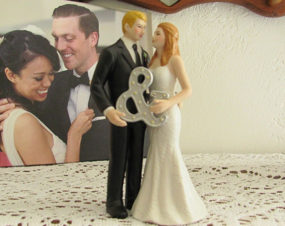 Ampersand Wedding Cake Top, Bride and Groom for Wedding Cake Top, Wedding Cake Topper, Wedding Cake Top Bride and Groom Figurine