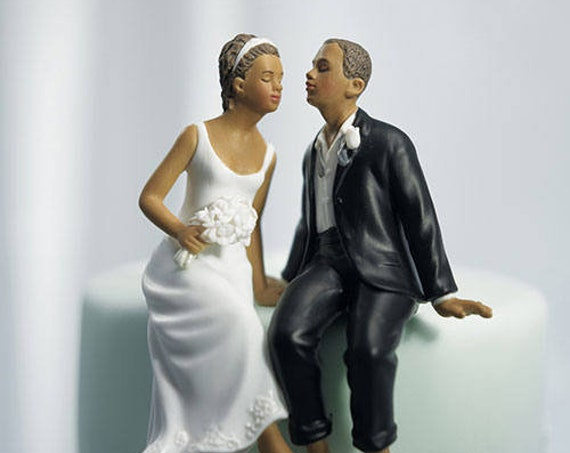 Unique Wedding Cake Toppers, Sitting Couple Wedding Cake Topper, Wedding Cake Top, Bride and Groom Cake Topper