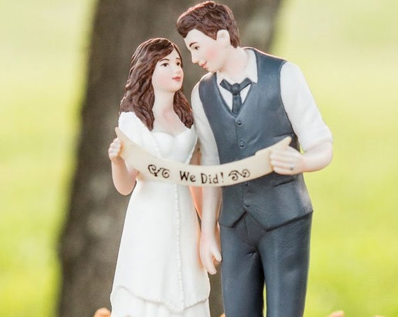 Cake Topper Bride with Groom, Wedding Cake Topper, Porcelain Wedding Cake Top, We Did Wedding Couple Cake Top Decorations