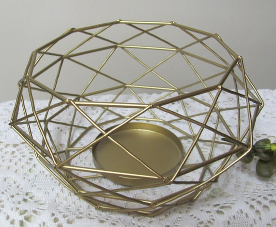 Modern Wedding Centerpiece Holder, Geo,  Wire Floral Holder, Gold Wire Wedding Centerpiece Frame, Party Centerpiece Vase, Modern Floral Vase