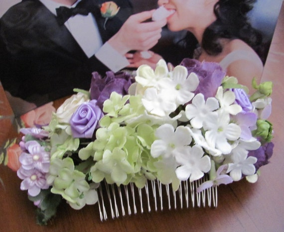 Pretty Hair Flowers, Floral Hair Comb, Bridal Hair Comb, Prom Hair Comb, Flowers for Your Hair, Purple Accent Hair Comb