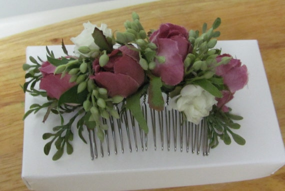 Hair Comb, Hair Accessories for Weddings, Prom, Home Coming and Special Occasions and Events