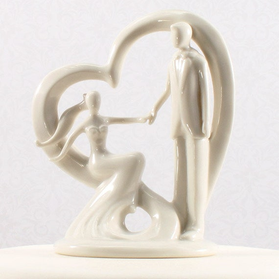 Romantic Wedding Cake Topper, Bride and Groom Embracing Love Cake Top, Wedding Cake Top