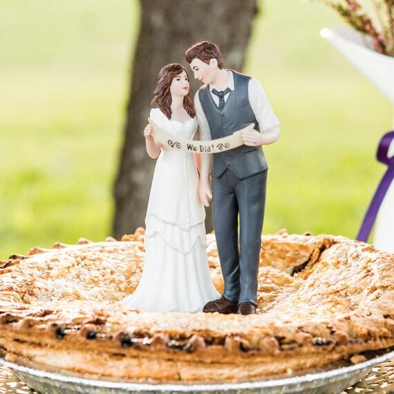 Bride and Groom Cake Top, Wedding Couple Cake Topper, We Did Cake Topper, Wedding Cake Tops, Cake Toppers