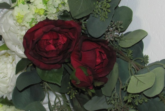 Burgundy Roses, Longstem English Roses, 2 Open Roses 3 Rose Buds on Each Stem, Wedding Flowers, Craft Flowers, Artificial Florals