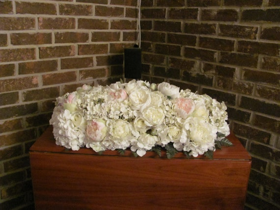 Wedding Flowers, Wedding Centerpiece, Headtable Flowers, Sweetheart Table Floral Arrangement, Wedding Floral Arrangement,Wedding Decorations