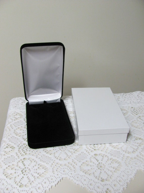 Necklace Gift Box, Jewelry Supplies,  Large Necklace Gift Box, Box Black Velvet Necklace Gift Box Comes with White Outer Box Too