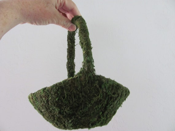 Moss Basket, Easter Craft Basket, Small Moss Basket, May Day Basket