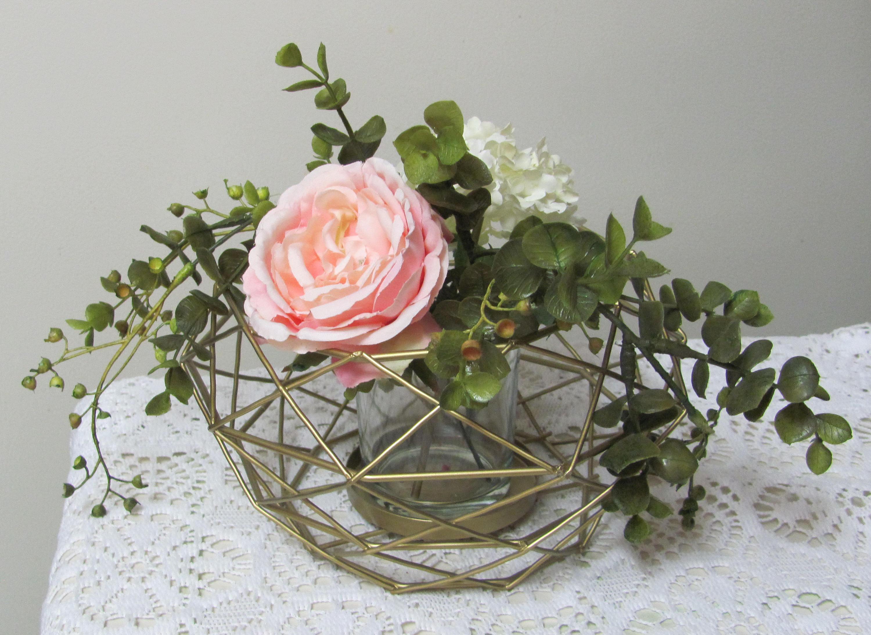 Wedding Centerpiece Vase Holder, Wire Floral Holder, Gold Wire ...