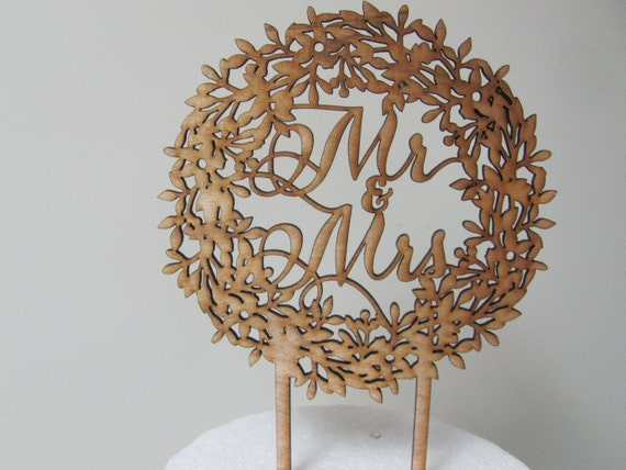 Mr and Mrs Rustic Cake Topper, Rustic Wedding Cake Topper, Wreath Cake Top, Wedding Cake Picks
