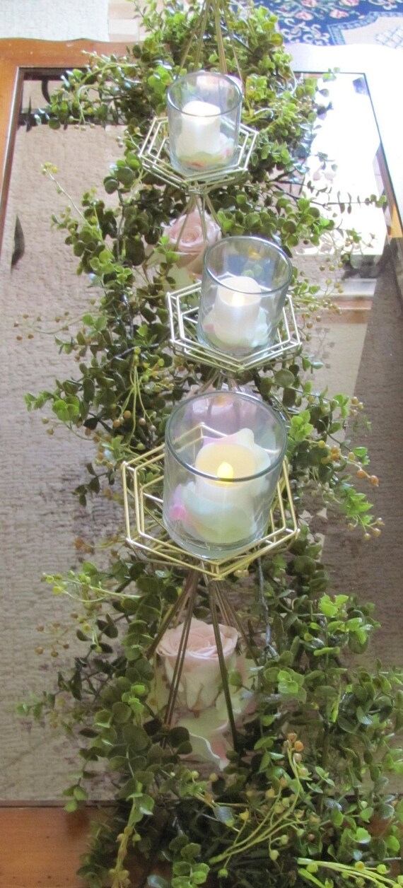 Wedding Vases, Geo Gold Vase, Modern Vase, Modern Metal holder with Glass Vase, DIY Centerpiece Holders, Wire Floral Forms
