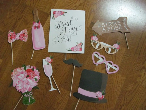 Wedding Photo Booth Props, Wedding Supplies for Picture Taking, Wedding Photo Booth Prop Pack