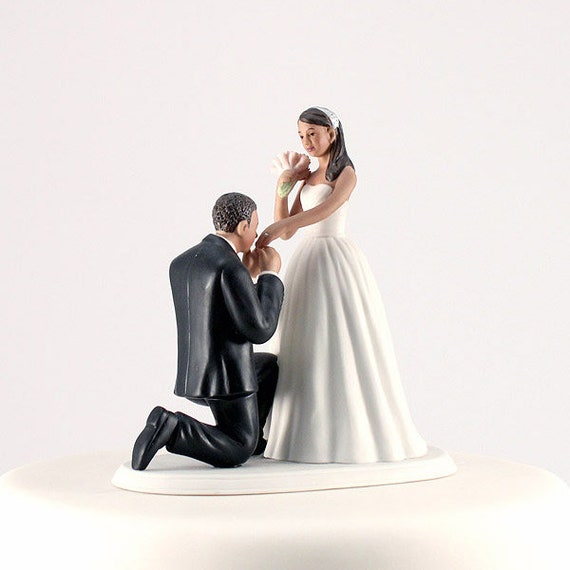 Bride Groom Figurines, Wedding Cake Topper, Bended Knee  Groom Kissing Hand Cake Topper, Wedding Cake Top, Bride and Groom Cake Topper