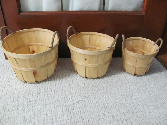 Christmas Craft Baskets, Wood Baskets, Holiday Craft Basket, Set of 3 Wood Baskets with Handles, Floral Basket Container