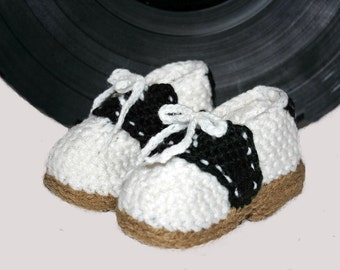 Baby Saddle Shoe Slippers - Handmade Crochet Baby Shoes