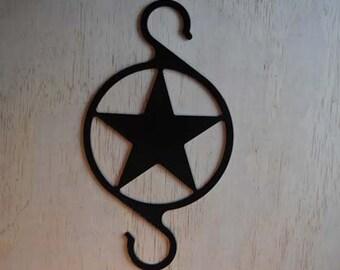 Plant Hanger Metal Star / Metal Flower Hanging flower pot / yard art