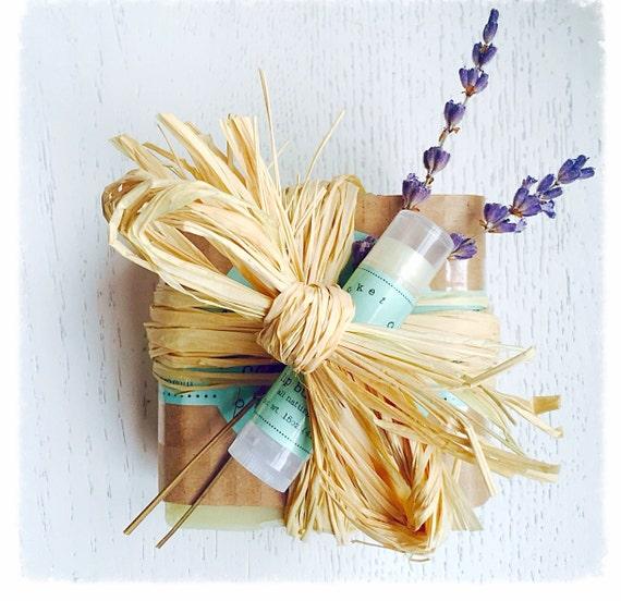 Lavender Soap Set - Gift for Her -  Handmade Soap, Hostess Gift - holiday gift idea -Teacher Gift - Gift Set- Soap Set - Mothers Day
