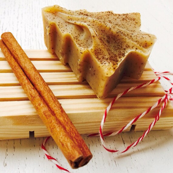 Holiday Tree Soap Set - Soap Gift Set - Cinnamon, Clove, and Honey, Christmas  Soap - Wooden Soap Dish gift set