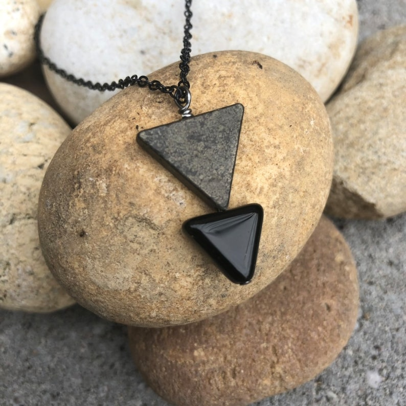 BLACK ARROW NECKLACE Cool Dad Jewelry Geometric Jewelry Native American Mens Minimalist Necklace Birthday Gift for Him Graduation Gift