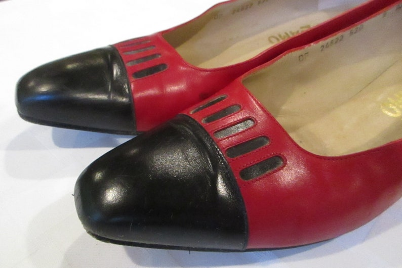 138751c905b9d Ferragamo shoes 1980's low heel red and black ladies size 8 AAA in original  box