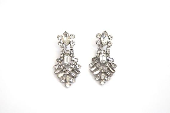 clip-on Vintage 1950s Ref 15J Rhinestone Earrings