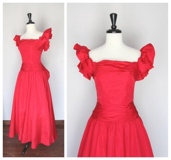 Dark Pink Vintage 1940s 1950s Formal Taffeta Eveni