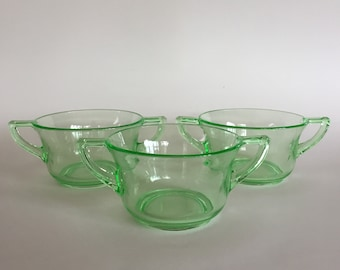 three vintage 20s cambridge glass cups - Cambridge Glass