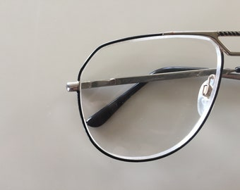 Vintage 1960s Gold Frame Eye Glasses