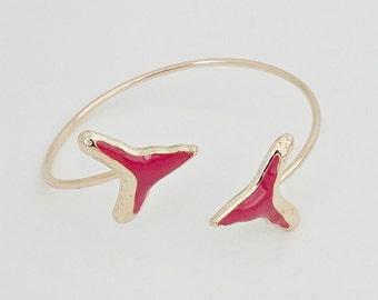 Fuschia Shark Tooth Bangle