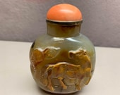 Superb Antique Chinese Carved Horse Agate Snuff Bottle Metal Spoon-18th Century