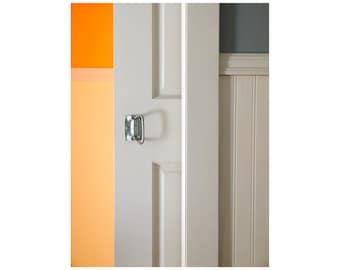 White Door Photo, Melon Orange Wall, Dove Grey, Pale Gray, Minimalist Home Decor, Simple Zen Photo