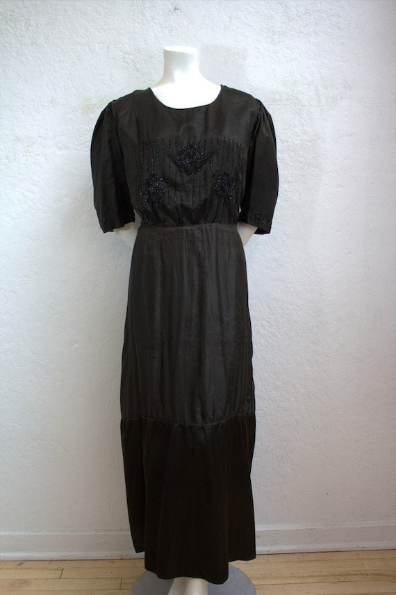 1900's Edwardian Black Silk Mourning Dress with Bl