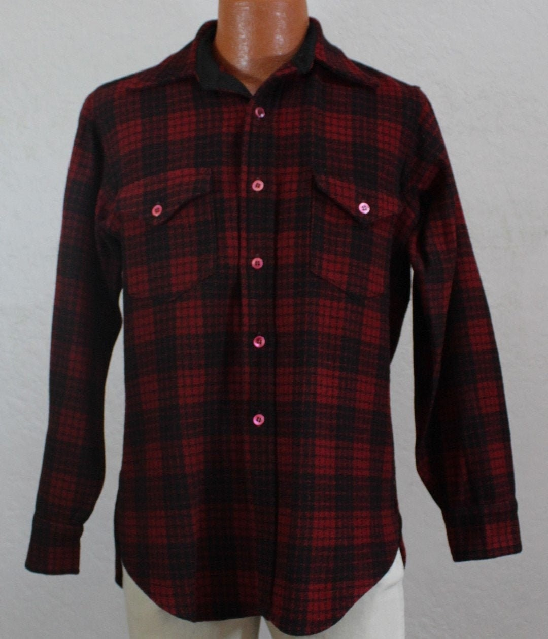 1940s Men's Shirts, Sweaters, Vests 1940s Levi Strauss Mens Red  Black Plaid Wool ShirtSize 45 Chest $11.00 AT vintagedancer.com