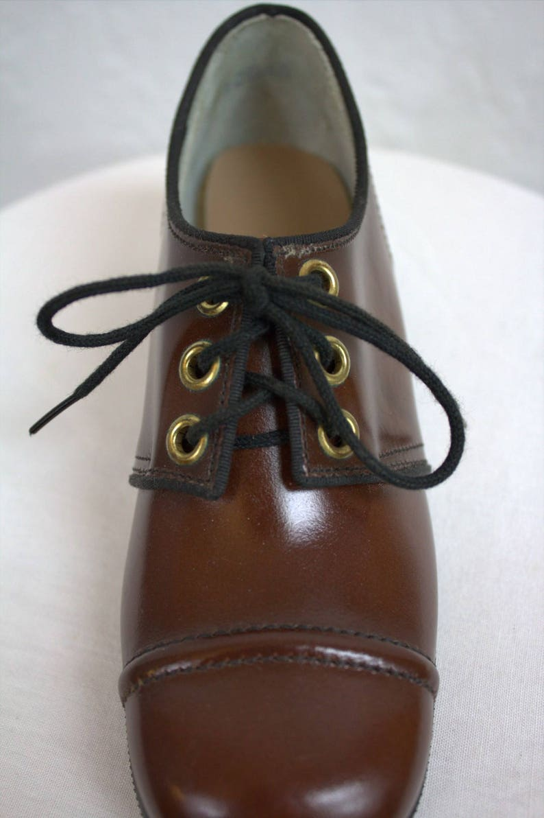 ef3acffad9a62 On Sale! 1960's Children's Brown Leather Oxford Shoes / Deadstock / Size:  12 B