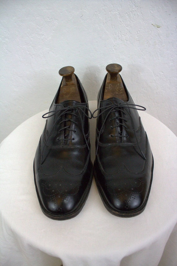 "1980's ""Florsheim"" Men's Black Leather Wingtip Dre"