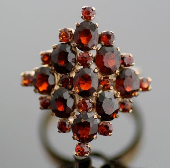 Vintage Ring - Cluster Ring - Vintage 1940s 14K Ye