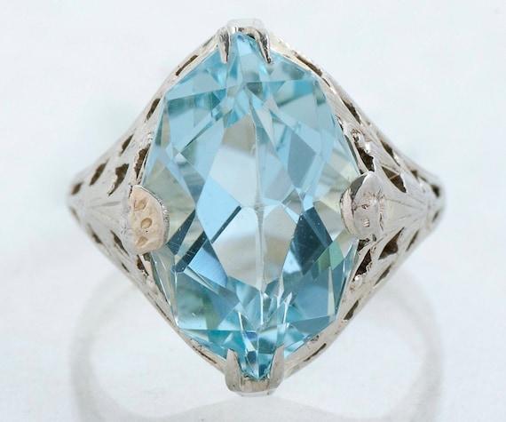 Antique Ring - Antique 18k White Gold Aquamarine R