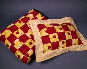 LADYBUG SPLENDOR Red & Yellow Doll Quilt with matching pillow - for 18 inch dolls - Real Quilt